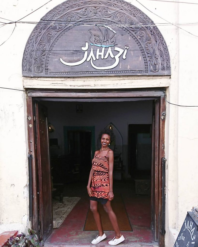 justrioba.com what to wear in Zanzibar