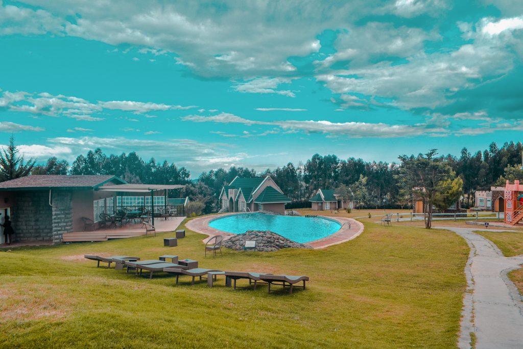 Just Rioba Travel Lake Ol Bolossat tafaria