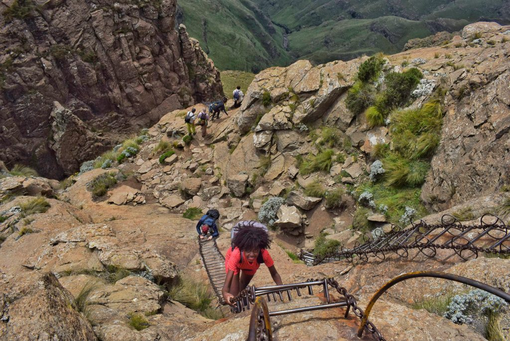Hiking drakensberg South Africa- helpful travel tips to help you plan to have an epic day hiking the Amphitheatre, see Tugela falls